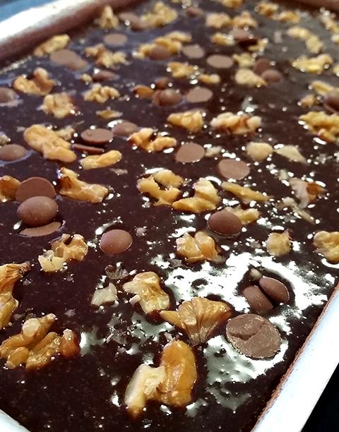 Uuuuhm, mais uma foto pra dar água na boca: brownie de nozes...