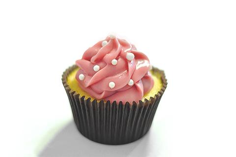 Cupcake napolitano: baunilha, chocolate e morango