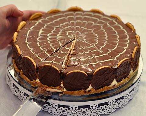 Momento mais esperado do dia quando tem torta holandesa!