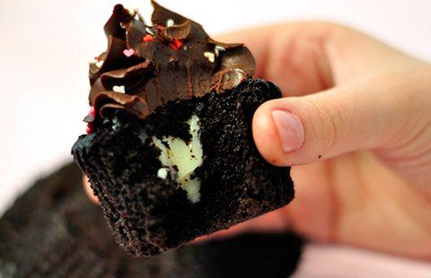 Cupcakes de Cacau com Leite Ninho