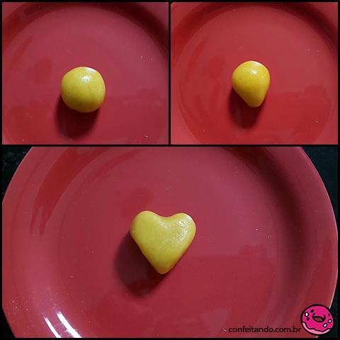 Passo a passo: cake pop em formato de coração.