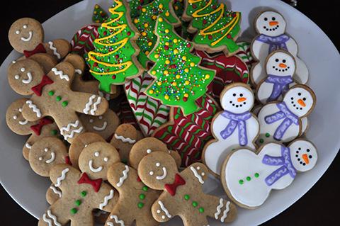 Biscoitos decorados de Natal prontos para adoçar o fim de ano dos amigos e da família!