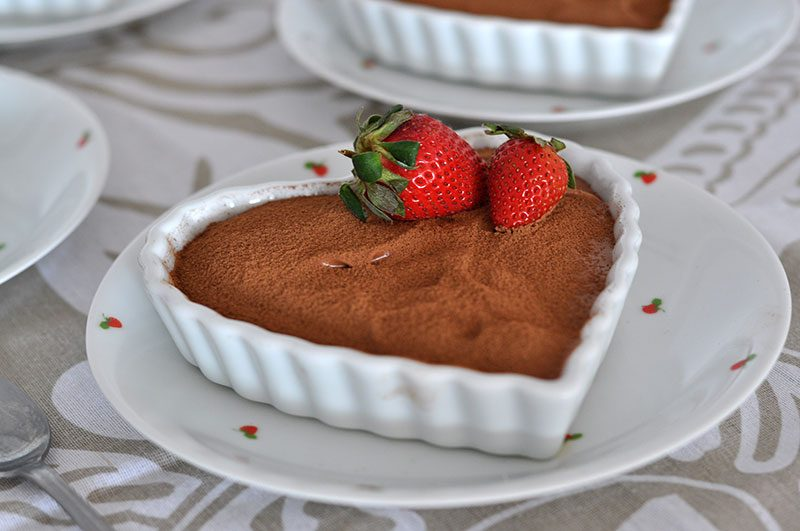 mousse de chocolate com morango