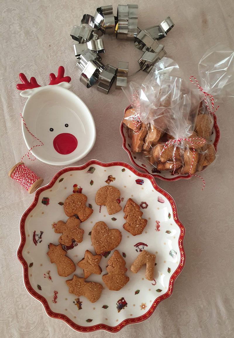 biscoitos de natal gingerbread com mel e especiarias