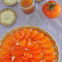 Chegou a época dos caquis e eles merecem virar torta sim! Já tem receita no blog 😀🍅 👉 Link para receita na bio  #confeitando #cofeitandoblog #pastry #pastrylover #confeitaria #diy #homemade #homebaked #lifeissweet #vscofood #vsco #vscocam #yummy #yum #sweet #dessert #sobremesa #torta #tart #pie #caqui #fruit #cremepatissiere