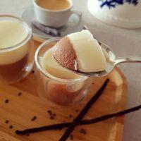 Que tal Panna Cotta pra esse fim de semana? Receita bem fácil de preparar heim! 🍮 Já está lá no blog 😉 . .👉 link no perfil #confeitando #cofeitandoblog #pastry #pastrylover #confeitaria #diy #homemade #homebaked #lifeissweet #vscofood #vsco #vscocam #yummy #yum #sweet #dessert #sobremesa #pannacotta